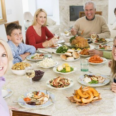Holiday Entertaining Tips and Tricks To Stay Clean
