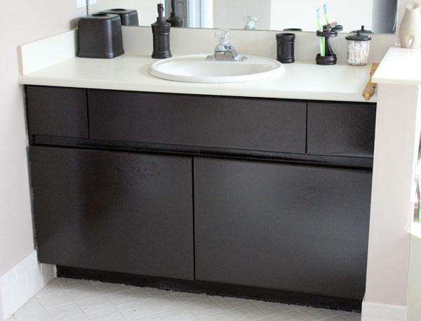 paint-bathroom-laminate-cabinets-01