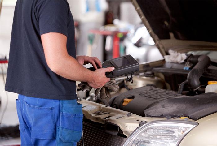 Holiday Car Maintenance Checklist